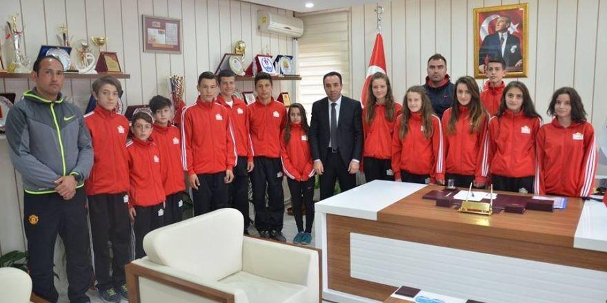 Bilecikli atletler Aydın'a uğurlandı