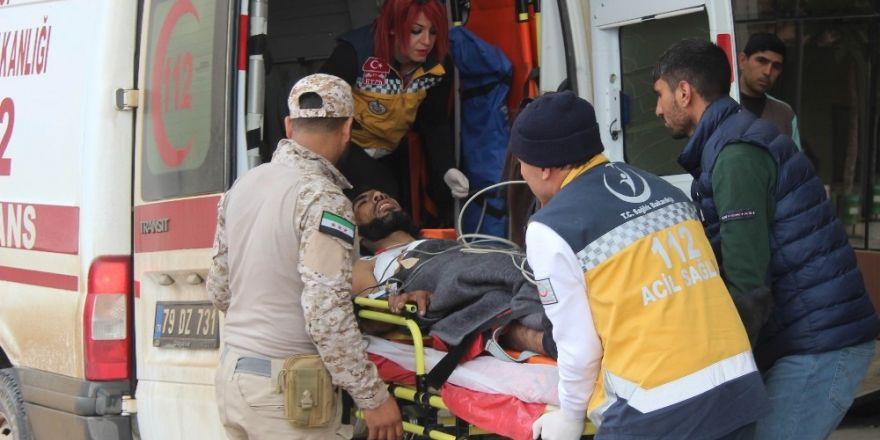 Çatışmalarda yaralanan 7 ÖSO askeri Kilis'e getirildi