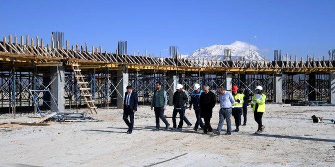 Başkan Günaydın, terminal inşaatını inceledi