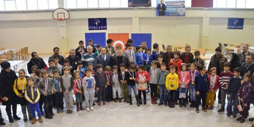 Bilecik'te Okul Sporları Satranç Turnuvası sonuçlandı