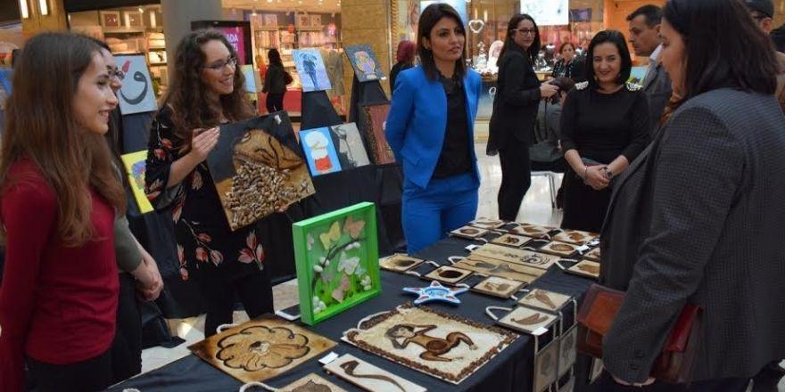 Mutlu kadın el ürünleri sergisi açıldı