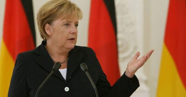 Almanya'da, Angela Merkel'in İslam'a Sahip Çıkışı Dikkat Çekti
