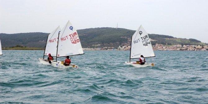 Çanakkale Şehitleri için yelken yarışları düzenlendi