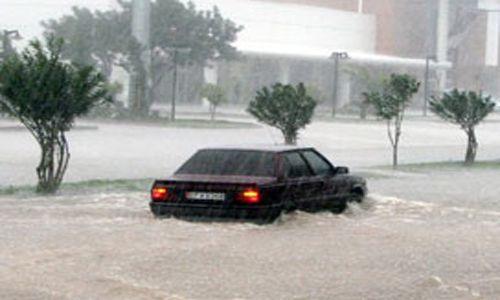 Yağışlara karşı belediyeden yoğun çalışma