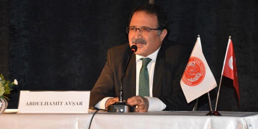 Abdulhamit Avşar, genç iletişimcilerle buluştu