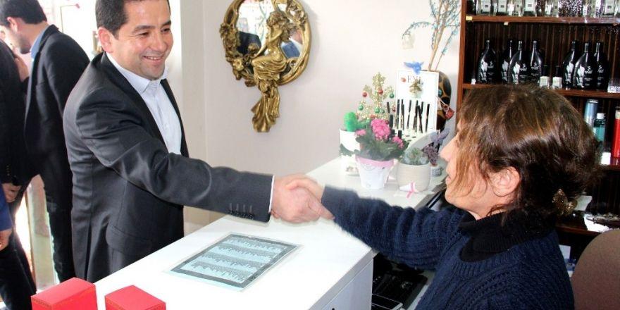 AK Parti Mezitli'de referandum çalışmaları hızlandı