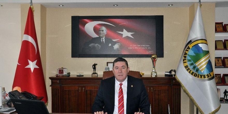 Tekin'in 18 Mart Çanakkale Zaferini kutladı