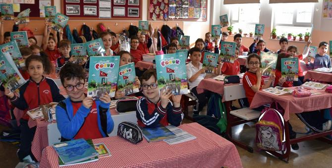 """""""Pendik Çocuk Dergisi""""nin İlk Sayısı Minik Okurlarıyla Buluştu"""