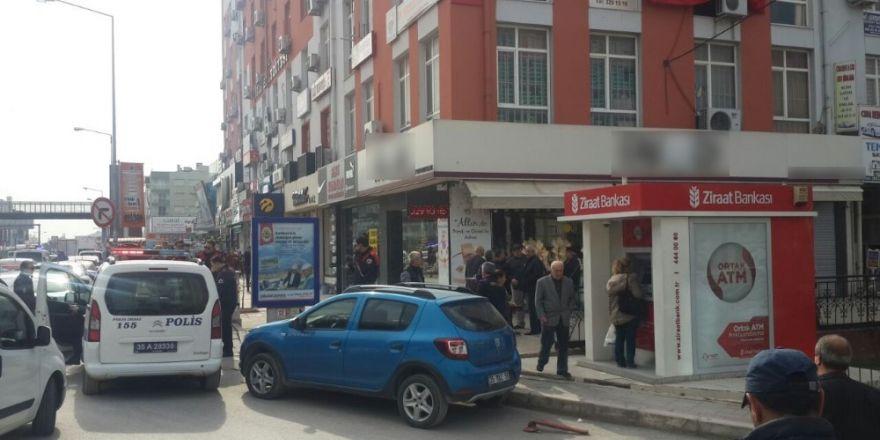 İzmir'de kuyumcu soygununda korku dolu anlar