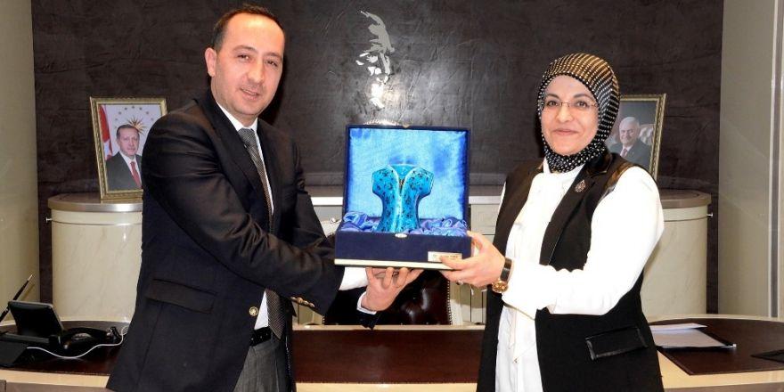 Başkan Toru'ya MHP ilçe başkanından ziyaret