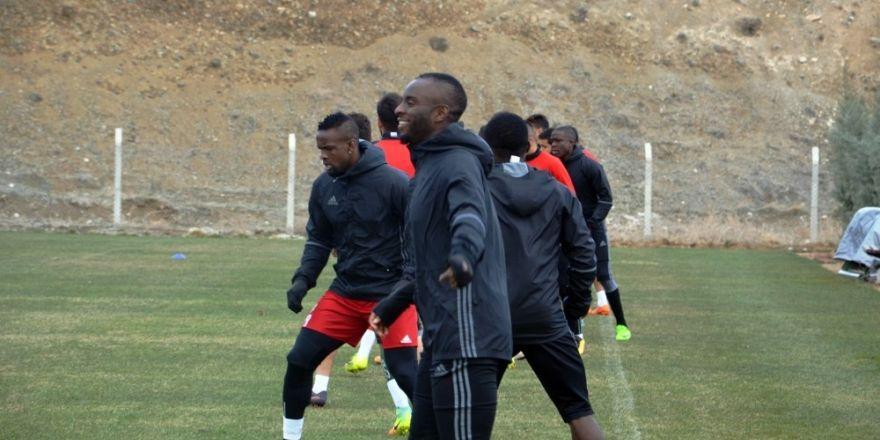 Evkur Yeni Malatyaspor, Manisaspor'un konuğu olacak
