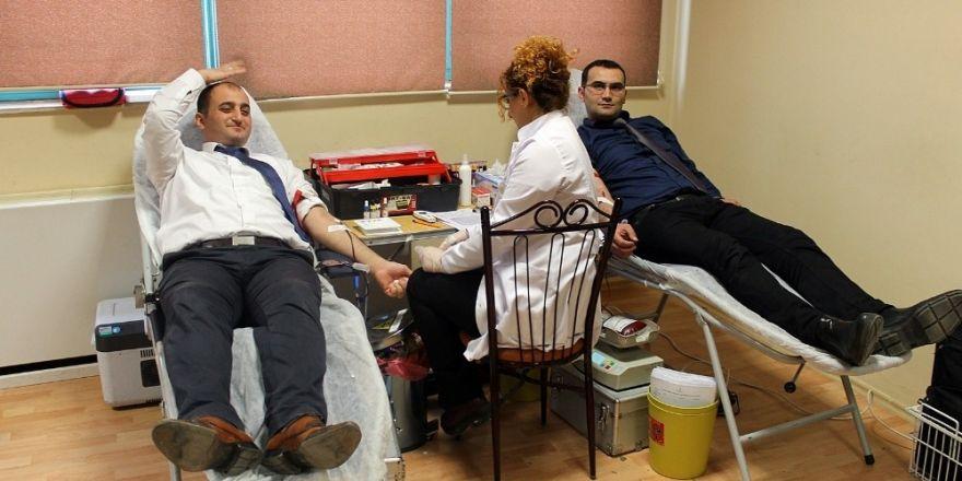 SAMULAŞ'tan Türk Kızılayı'na kan bağışı