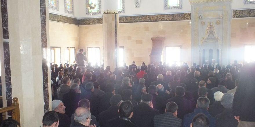 Malazgirt'te Şehitler İçin Mevlit Okutuldu