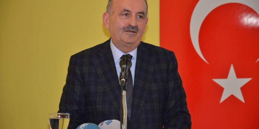 """Bakan Müezzinoğlu: """"Cumhuriyet Halk Partisi niye rahatsız?"""""""