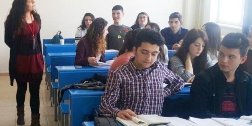 Turizm öğrencileri Avrupa yolunda