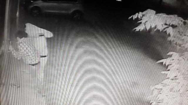 Tuzlada İnternet Kafeye Giren Hırsızlar Kameraya Yakalandı
