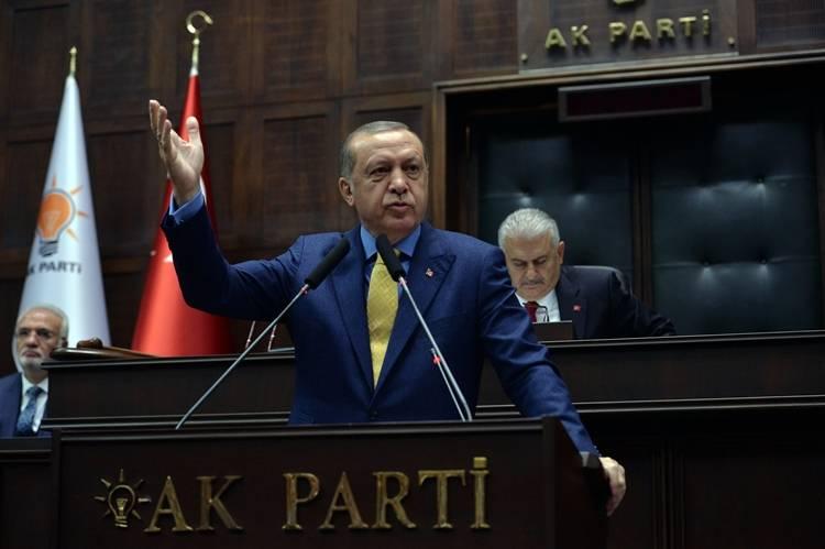 """Cumhurbaşkanı Erdoğan'dan Sert Sözler """"Sen Kimsin El Kol Yapıyorsun"""""""