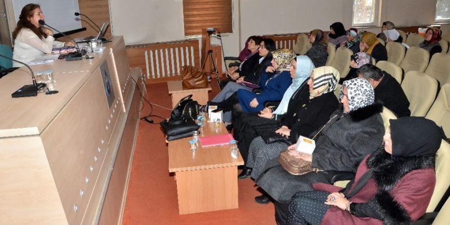 """ETSO'dan iş kadınlarına  """"Finansmana Erişim"""" semineri"""