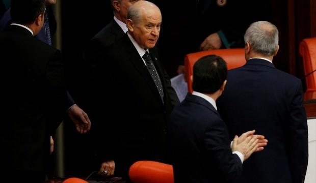 """Bahçeli'den Abdullah Gül çıkışı: """"Bataklığa girenler dibini boyladı. Bir daha çıkamadı"""""""
