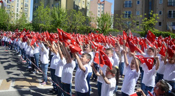 23 Nisan Ulusal Egemenlik ve Çocuk Bayramı, Tuzla'da Coşkuyla Kutlandı
