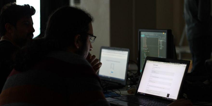 Siber Saldırılar HKÜ'de masaya yatırıldı