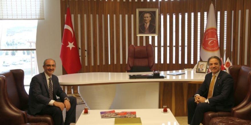 Ahi Evran Üniversitesi Rektörü Karakaya'dan Rektör Bağlı'ya ziyaret