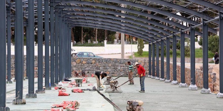 Kocaeli'nin en büyük pazaryerlerinin inşaatı sürüyor
