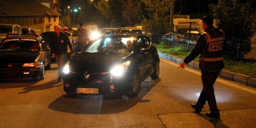Samsun polisinden şüpheli araç uygulaması