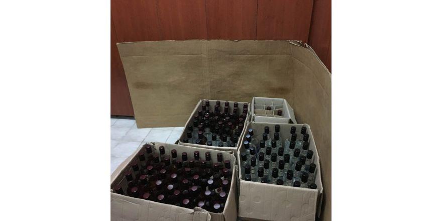 Gönen'de 150 şişe kaçak içki ele geçirildi