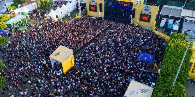 Çukurova Rock Festivali 80 bin müzikseveri ağırladı