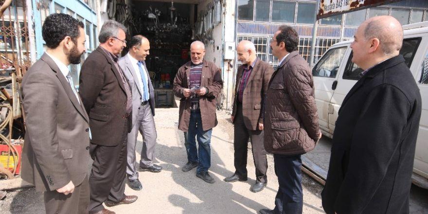 AK Parti Beyşehir'de referandum çalışmalarını sürdürüyor