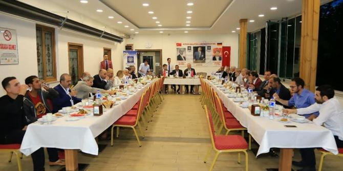 Avrupalı Avrupa Malatyalılar federasyonu yönetimi ile iftarda bir araya geldi