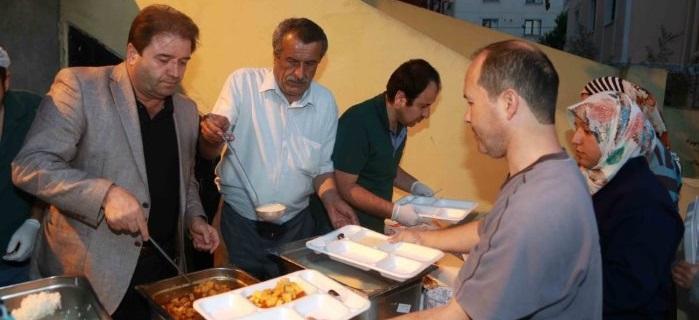 Maltepe'de ilk iftar