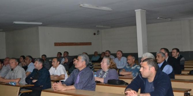 Düzce MYO Halk eğitim merkezi kurslarına ev sahipliği yapıyor