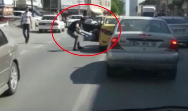 Genç kadını taksiden aşağı atan taksici tutuklandı