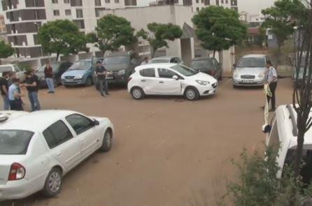 Pendik'te hastane önünde silahlı çatışma