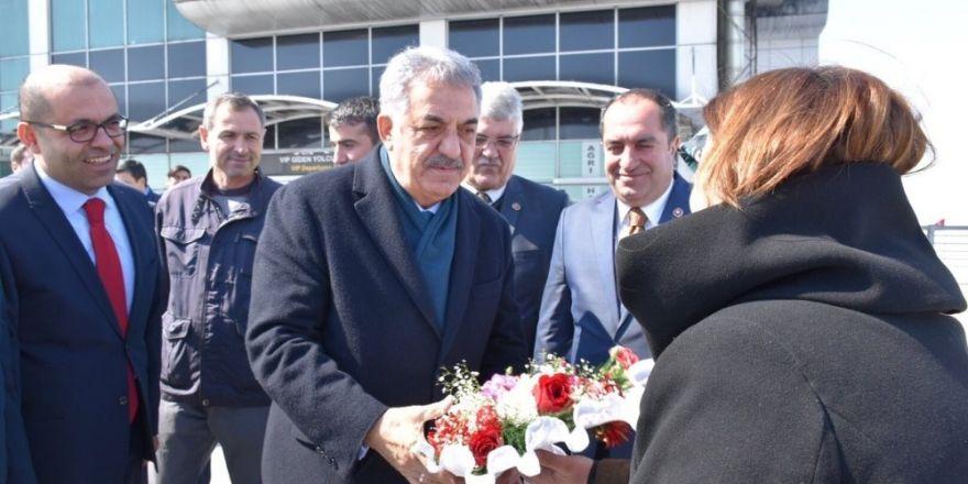 AK Parti Genel Başkan Yardımcısı Yazıcı Ağrı'da