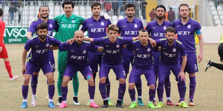 Afjet Afyonspor Sakaryaspor'u 2-1 yenerek 1. lig'e çıktı