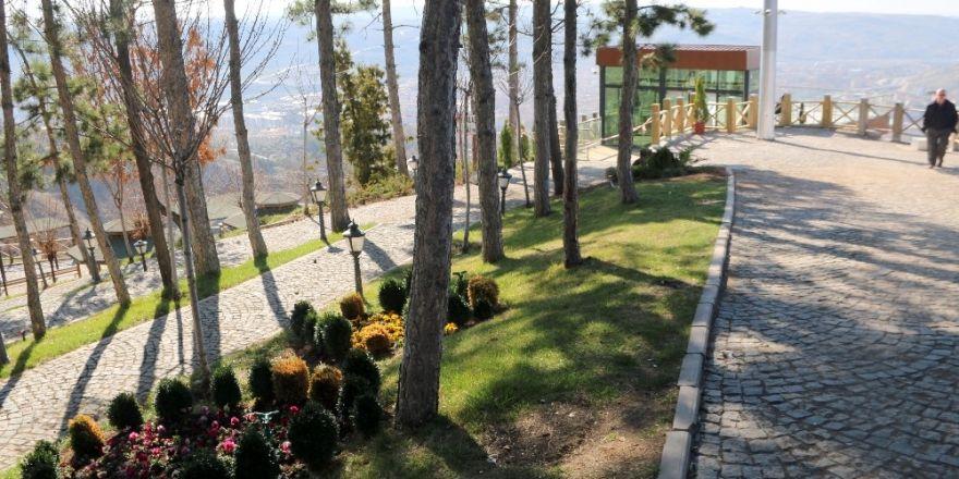 Çankırı'daki cam seyir terasının çevre ve peyzaj düzenlemesi tamamlandı