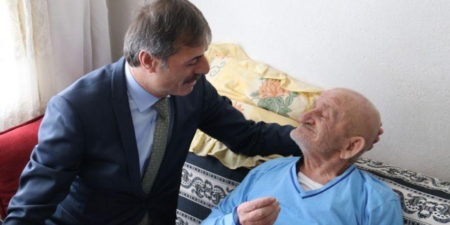 Başkan Alemdar Bahçelievler'de evlere misafir oldu