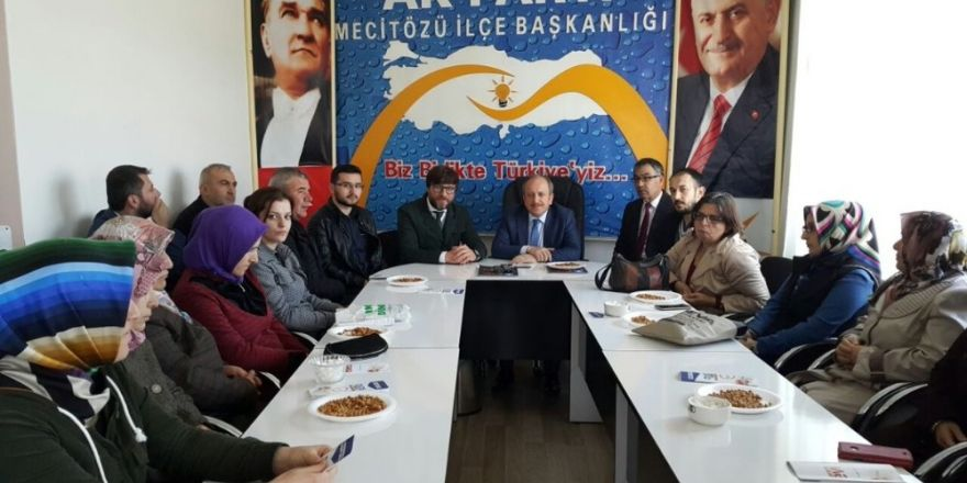 AK Parti İl Başkanı Karadağ Mecitözü İlçe teşkilatıyla biraraya geldi