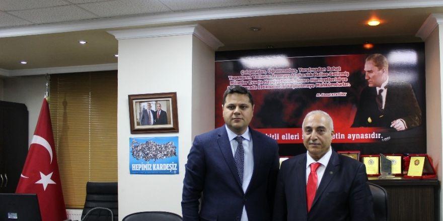 Kaymakam Öztürk'en Başkan Karael'e ziyaret