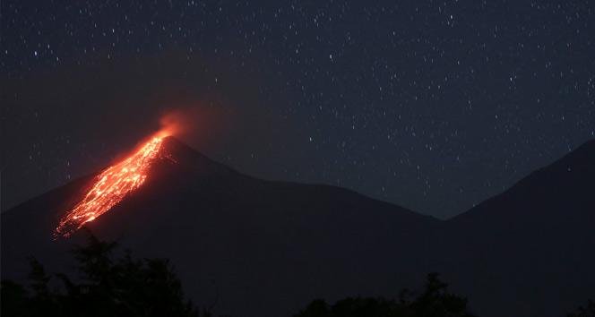 Büyük Facia... Fuego volkanı patladı!