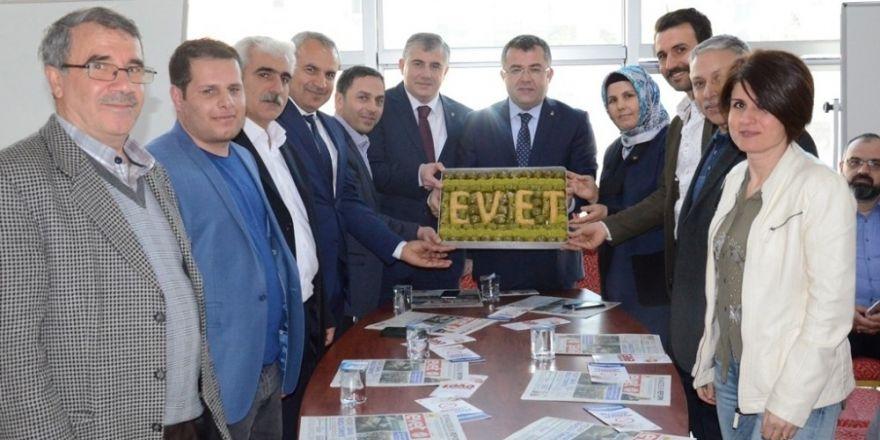 AK Parti heyetine davullu zurnalı karşılama