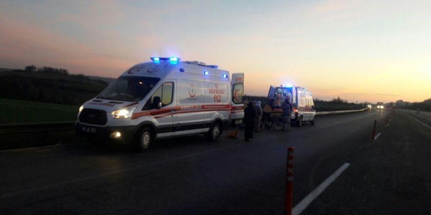 Çanakkale-İstanbul yolunda iki ayrı kaza: 1 ölü, 6 yaralı