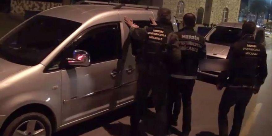 Mersin polisi bir haftada 255 kilo esrar ele geçirdi
