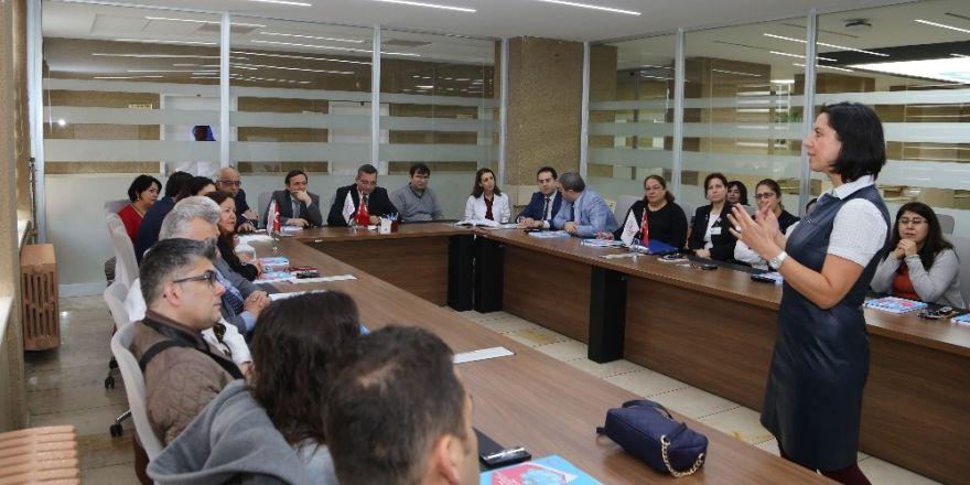 ERÜ Hastanelerinde 'Hastane Afet ve Acil Durum Planı' eğitimi verildi