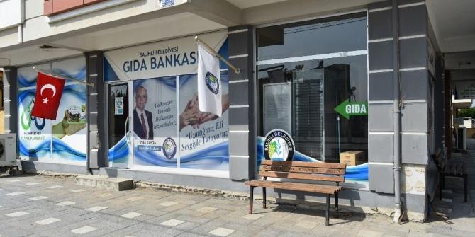 Gıda Bankası 3 yıldır yüzleri güldürüyor