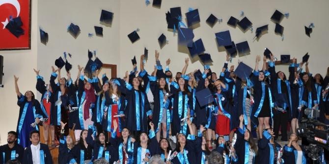 Buldan MYO'da mezuniyet heyecanı
