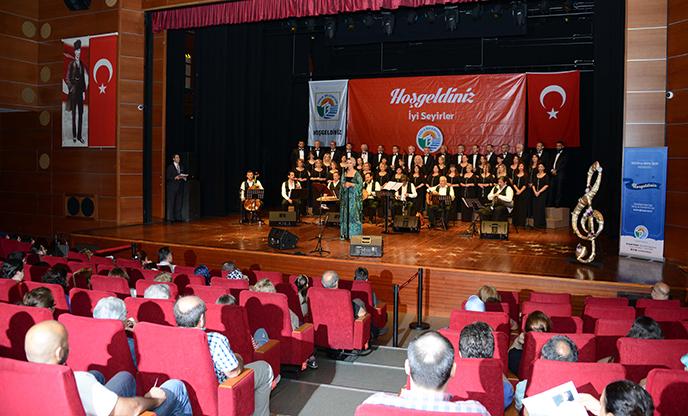 Tuzla Belediyesi'nden sezon sonu Türk Sanat Müziği konseri